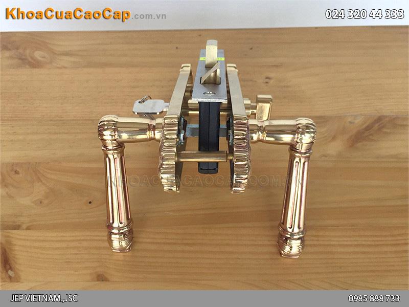 Khóa cửa tay gạt bằng đồng HC5826 - 2