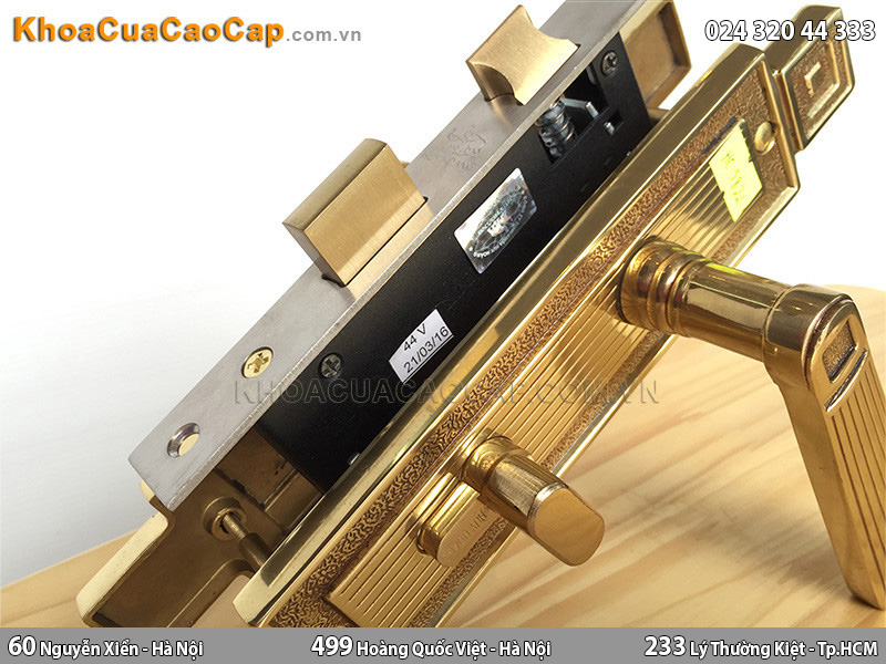 Khóa cửa tay gạt bằng đồng Huy Hoàng HC5822 - 3
