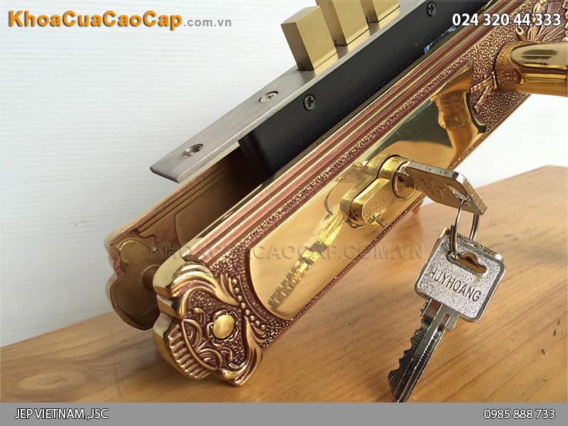 Khóa cửa tay gạt bằng đồng HC8524 - 2