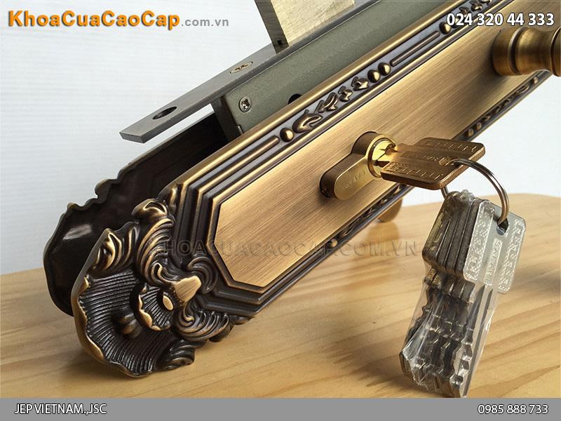 Khóa cửa chính màu đồng rêu SFA8522-SF ảnh 1
