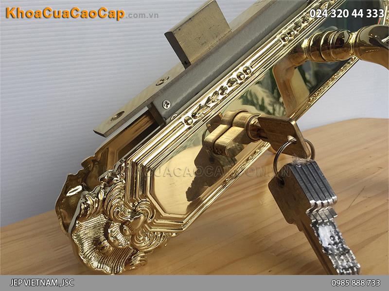 Khóa tay gạt cửa gỗ Safari 8522-PVD - ảnh 4