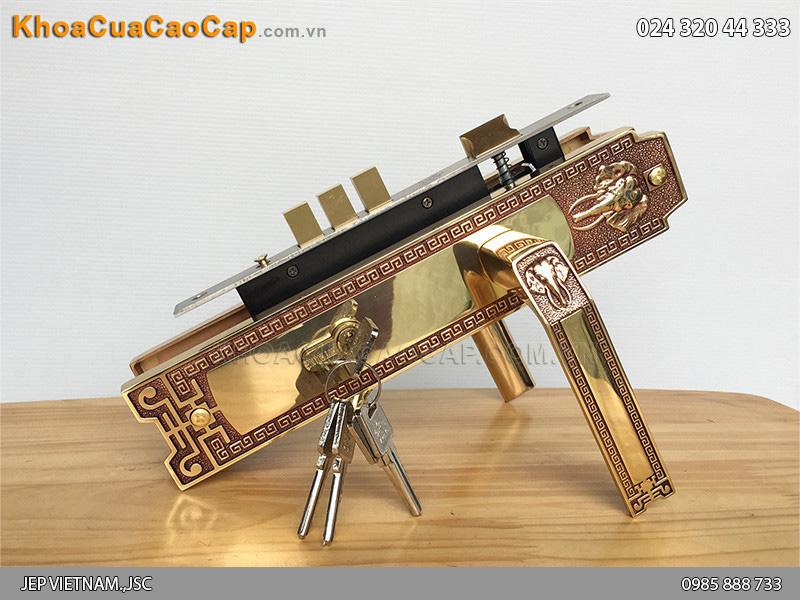 Khóa tay gạt cửa chính Huy Hoàng HC8528