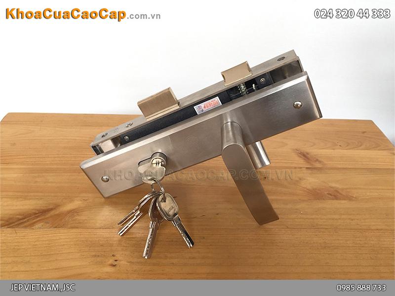 Khóa cửa gỗ tay gạt MC15 - 1