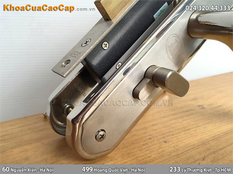 Khóa cửa gỗ tay gạt MC22 - 2