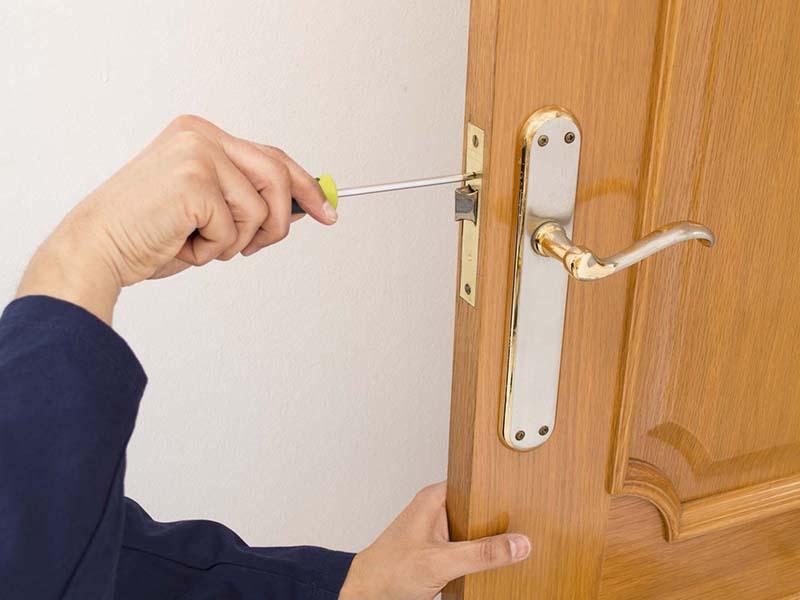 Sửa khóa tay gạt tại Hà Nội